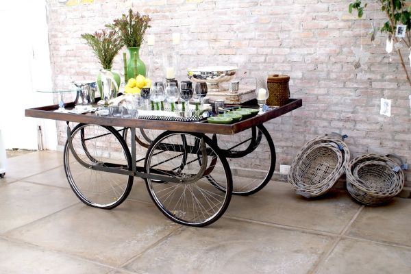 4b5d1__upcycled-bicycle-parts-turned-table